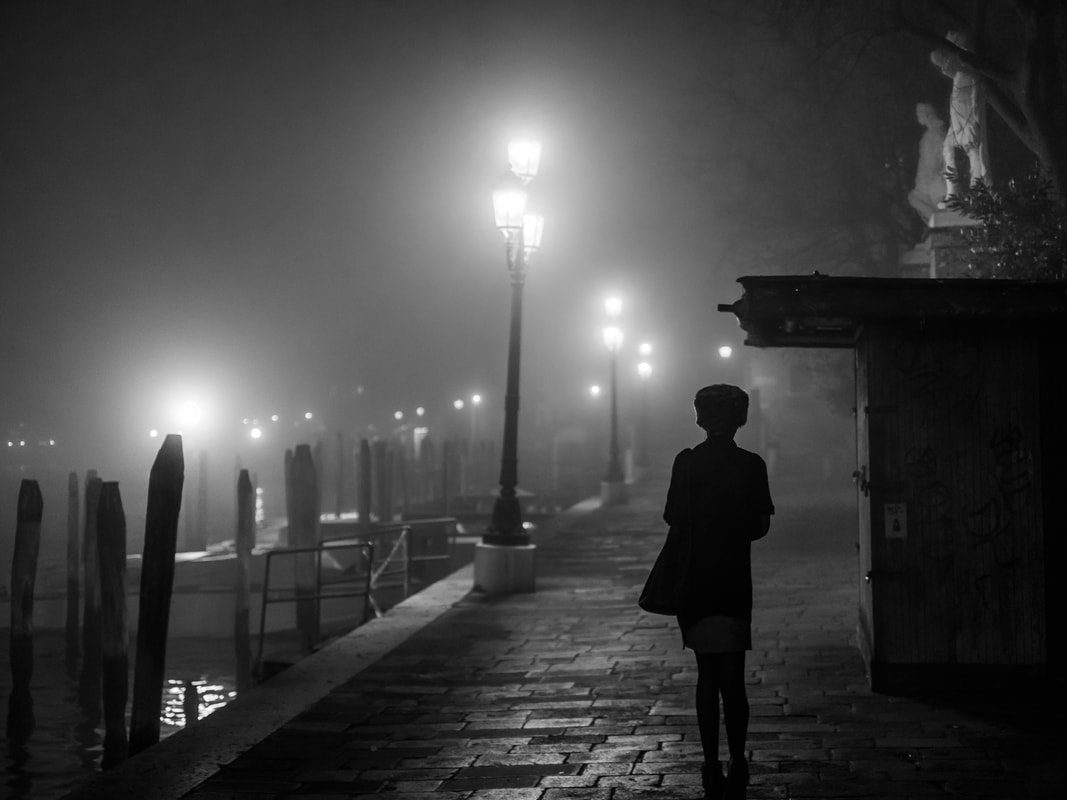 Goran Pavletic Photography, Goran Pavletic Venice Italy, Dream of Venice Series, Dream of Venice in Black and White, Black and white pictures of Venice, Photography of Venice Italy, Venice Italy in Black and White, Review of Dream of Venice Book Series, Venice Italy at Night